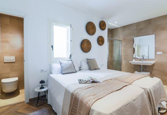 Apartment in Barcelona - CASA CARME PRIMERO